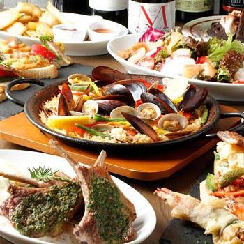 【スパークリング含む飲み放題付】ピンチョス盛り合わせ・温菜3種・メイン・パエリアなど全8皿を堪能!