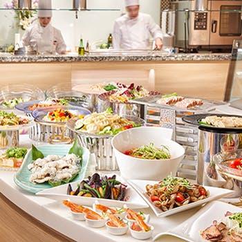 バイキングレストラン「ル・プレジール」/新・都ホテルの写真