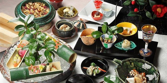 刺身や釜飯などのある懐石料理コース