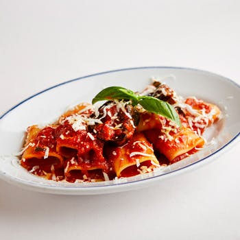 【予約の仮申込(リクエスト予約)】日本を代表する「シチリア料理」の名店で、優雅な時間をお過ごし下さい