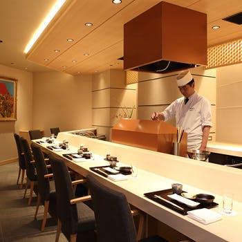 贅沢なひとときを 特別な日に味わう至極の天ぷらお造りコース【葵】スパークリングワイン付き