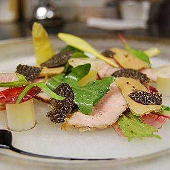 【ランチB】季節の前菜、お魚&お肉料理などを堪能!四季折々の食材を使用した料理をお愉しみください!