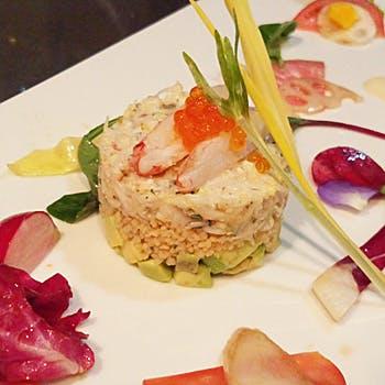 【MenuB】アミューズ3品、冷・温製オードブル、お魚&お肉料理、デザート等!神戸北野で優雅なひととき