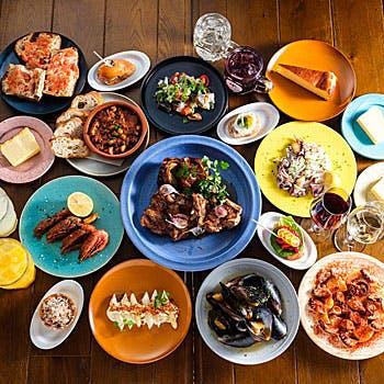 【TAPAS】自慢のタパスが6皿も!海鮮鉄板焼き、肉料理、デザートなど全11品【NEW OPENのお洒落空間で】