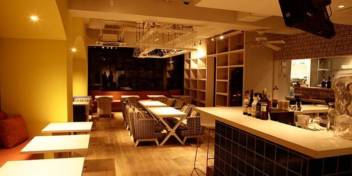 5位 個室予約可!ダイニング&バー「natural kitchen yoomi」の写真2