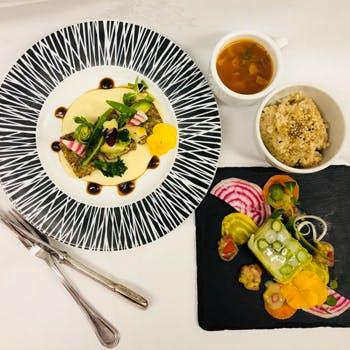 【乾杯ドリンク&食後のカフェ付】前菜、スープ、メインなど季節のお野菜を楽しめるベ…