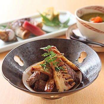 【季節の特別コース】丁寧に仕上げたお料理をご堪能いただける全7品