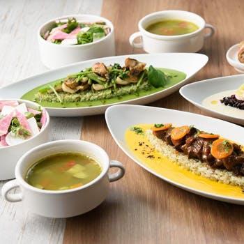 【アップグレード】平日限定×1ドリンク付 前菜5種やスペシャリテのオリジナルライス料理、メインなど全4品