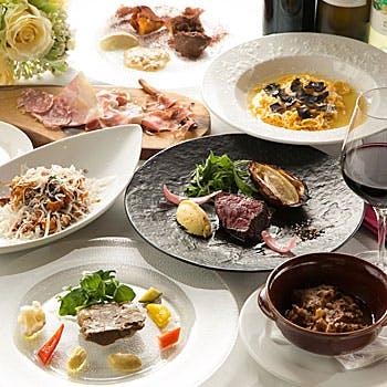 【乾杯スパークリング付】旬の豪華食材を堪能!贅沢黒トリュフのタヤリン含む季節のオススメコース全7品