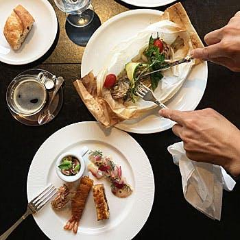 【一休限定】食後のお飲物&デザート付!前菜プレート・選べるメインなど全3皿のSPECIAL PLATEコース