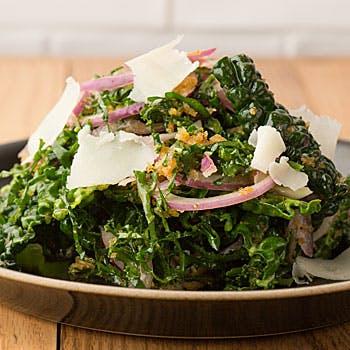 選べるヘルシーサラダとソフトドリンクのセットプラン!〜新鮮野菜で健康でアクティブな午後を〜