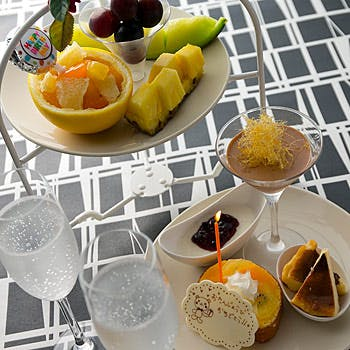 【記念日ランチ】乾杯スパークリング&記念写真の特典付!A5黒毛和牛ロースステーキ、特製デザートなど