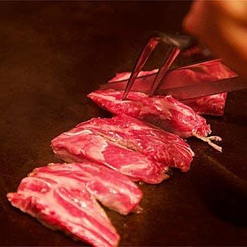【ひつじ座Bコース】羊肉の王様!幻の「北海道産サフォーク」上カルビなど希少なお肉を堪能ディナー!