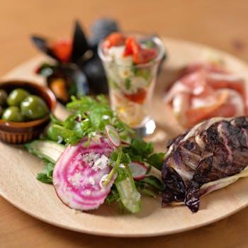 【2時間飲み放題付】〜火・水・木限定〜本日のパスタ2種やムール貝がお楽しみいただける全7品