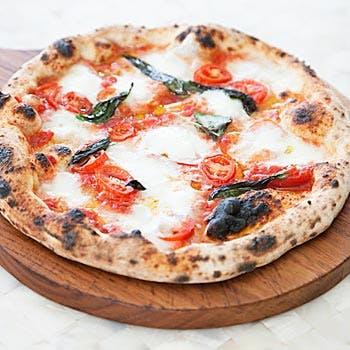 【パーティープラン】冷菜、温菜、パスタ、ピッツァ、デザート盛り合わせなどボリューム満点の全5品
