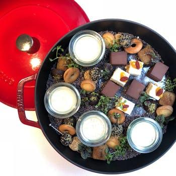 乾杯スパークリング付き コールドプレスジュースから始まる洋食コース、デザートにプチアフタヌーンティー