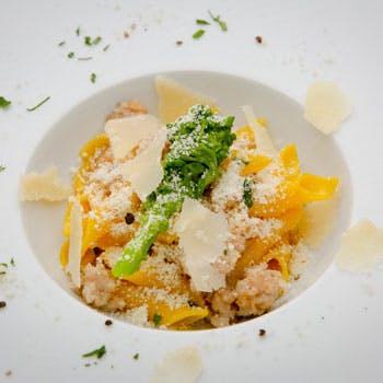 【サンレモ】お肉料理&お魚料理のメイン、前菜盛合せ、ハーフパスタorスープ、デザート盛り合せなど全5品
