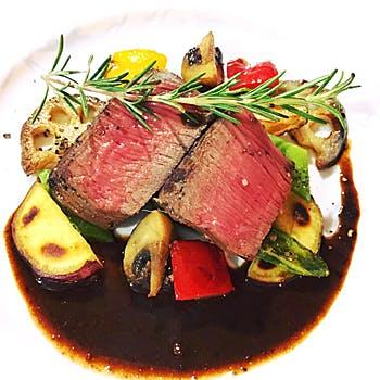 【黒毛和牛贅沢ランチ】季節のスープやお魚・お肉料理どちらもお愉しみ頂ける全5品