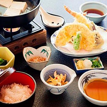 お食事処「富士」/絶景日帰り温泉 龍宮殿本館の写真