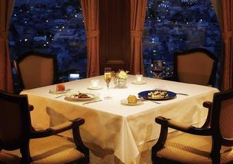 スカイレストラン ピトレスク/京都ホテルオークラの写真