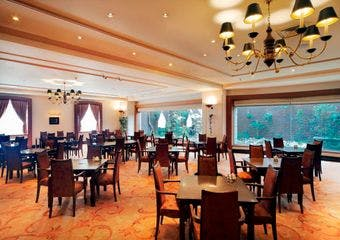 カフェ&ダイニング アンバーコート/ホテル日航プリンセス京都の写真