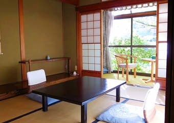 山ばな平八茶屋の写真