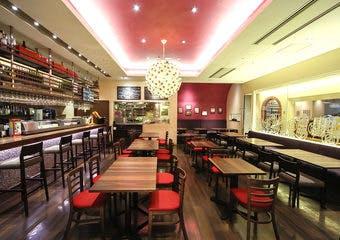 スペイン料理&バル ローザ・ローハ(ホテルグランヴィア大阪直営)の写真