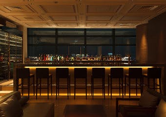Sky Bar SPADE/汐留シティーセンター41Fの写真