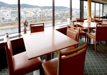 トラットリアヴィアーレ/ホテルサンルート京都の写真