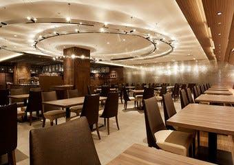 カフェ & ダイニング Chef's Palette/サンシャインシティプリンスホテルの写真