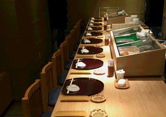 鮨と豆腐料理 あい田 本店の写真