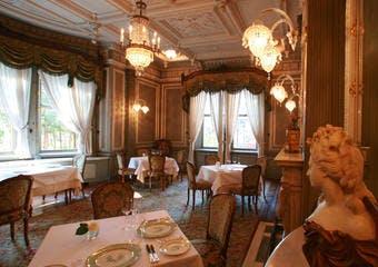フレンチレストラン ル シェーヌ/長楽館の写真