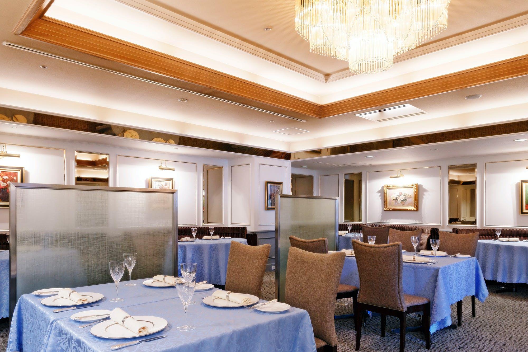 クラウンレストラン/パレスホテル大宮