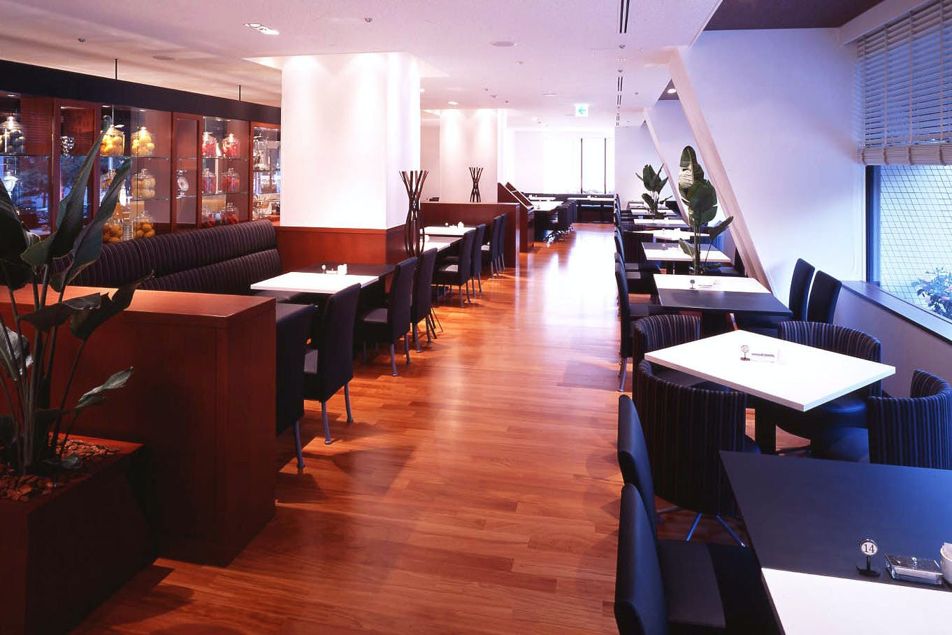 カフェ レストラン セリーナ/ホテル日航大阪