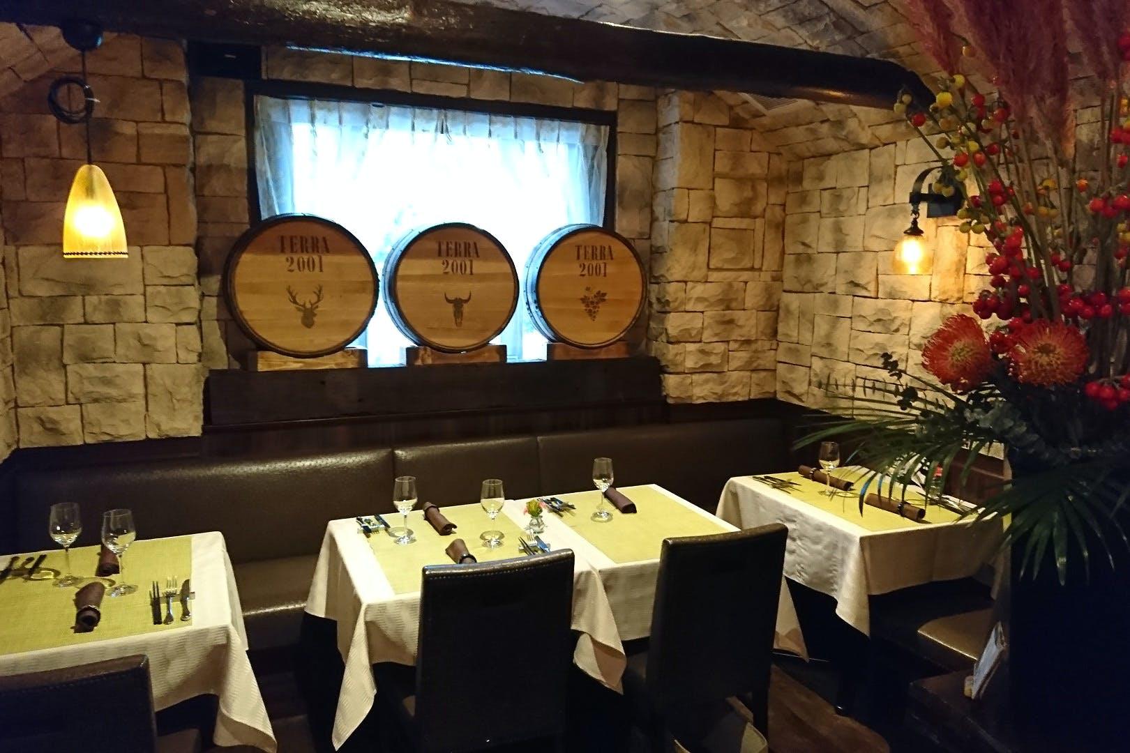 自然派レストラン テッラ(オーガニックイタリアン、炭火ステーキ、ビオワイン)