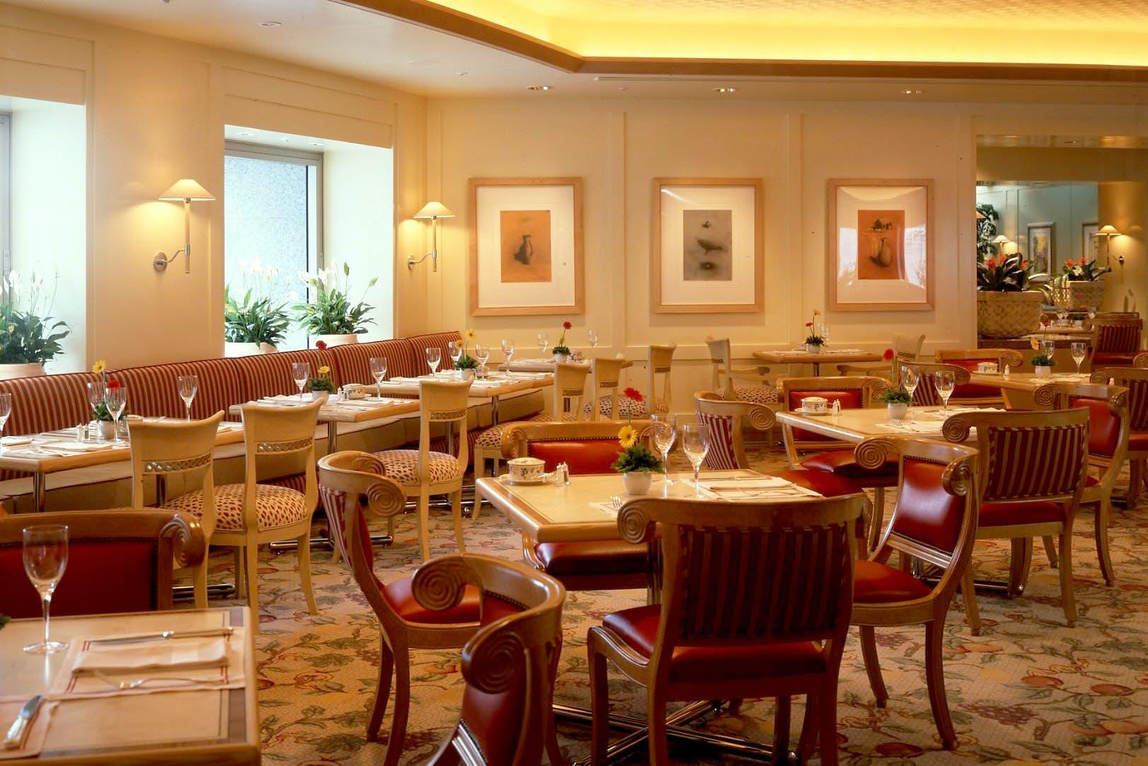 レストラン&バンケット フローラ/横浜ロイヤルパークホテル