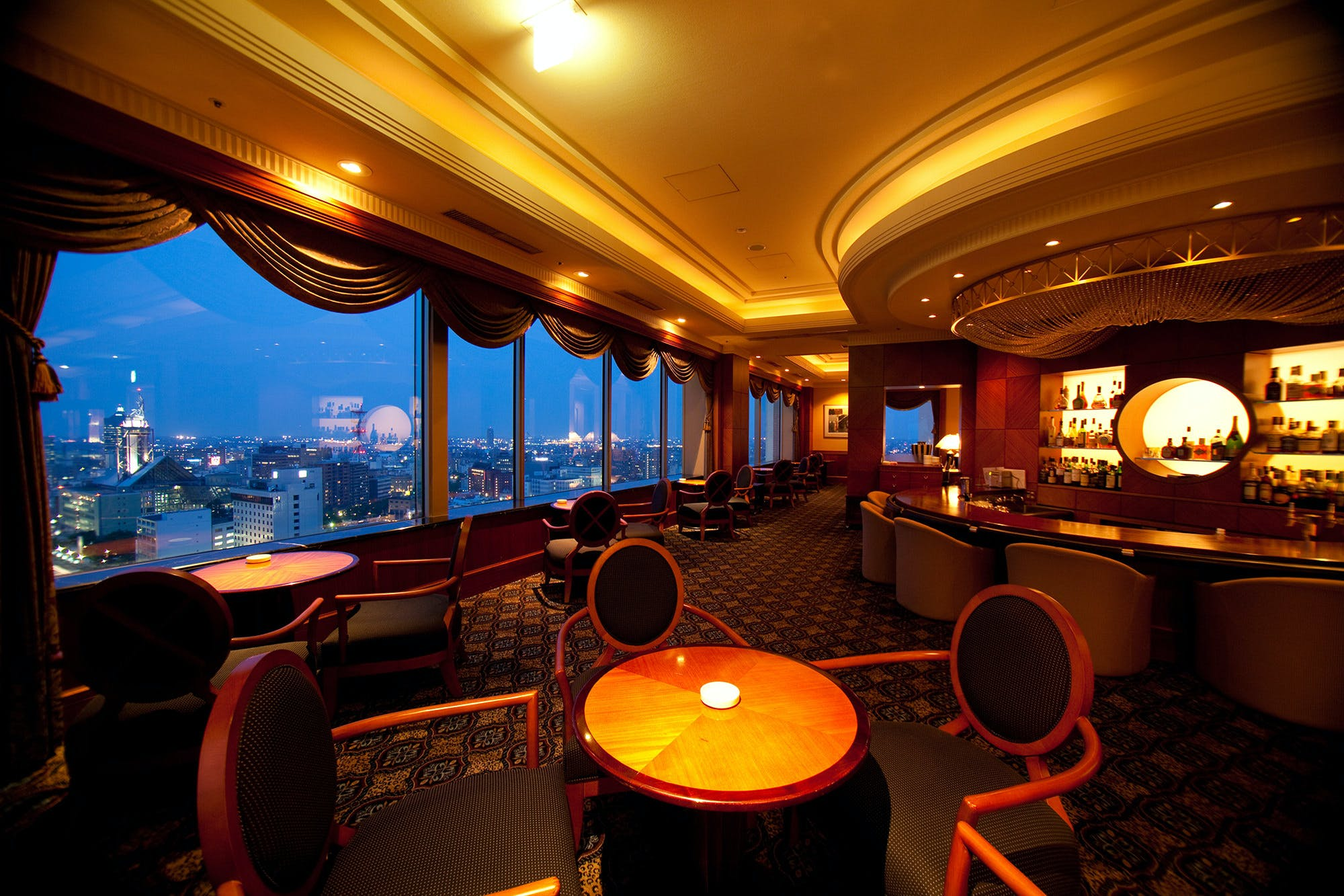 スカイバー アストラル/ANAクラウンプラザホテル富山