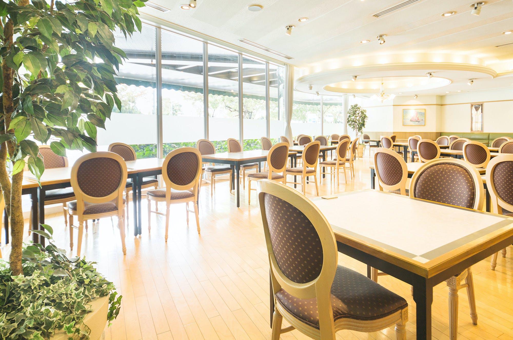 レストラン アンソレイユ/ホテル阪急エキスポパーク