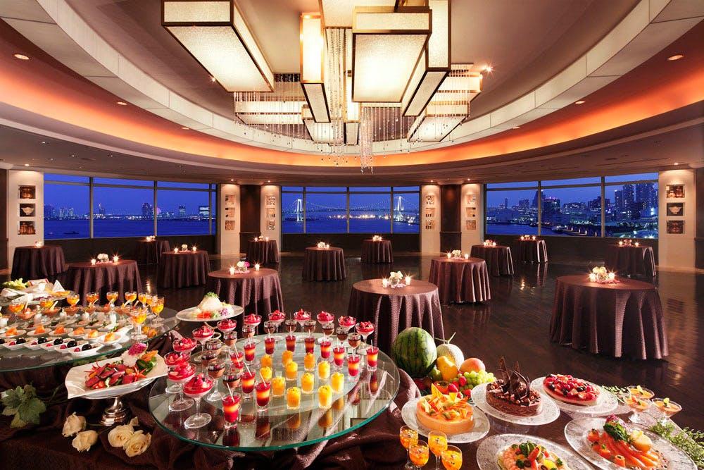 緑と海のビアガーデン/ホテル インターコンチネンタル 東京ベイ