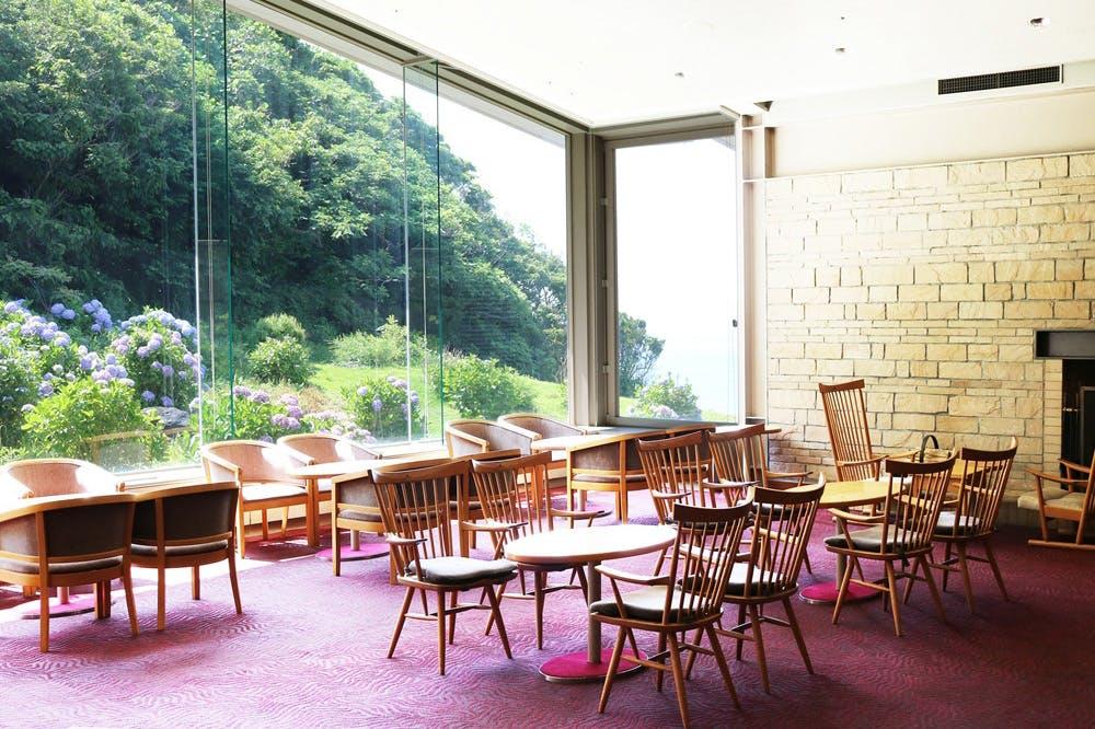 ラウンジ  あじさい/鎌倉プリンスホテル