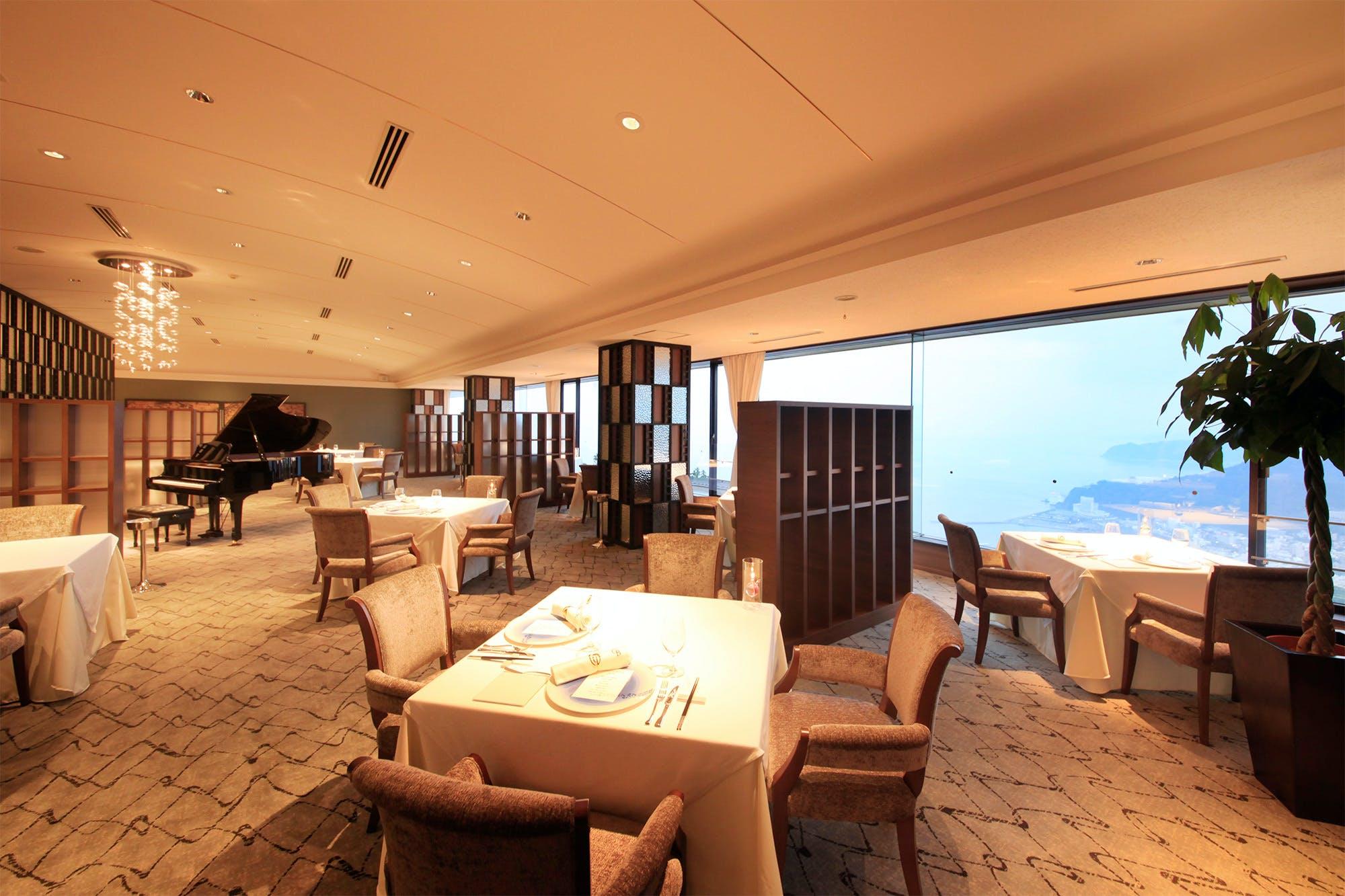 Main Dining 風雅/ホテルグランバッハ熱海クレッシェンド