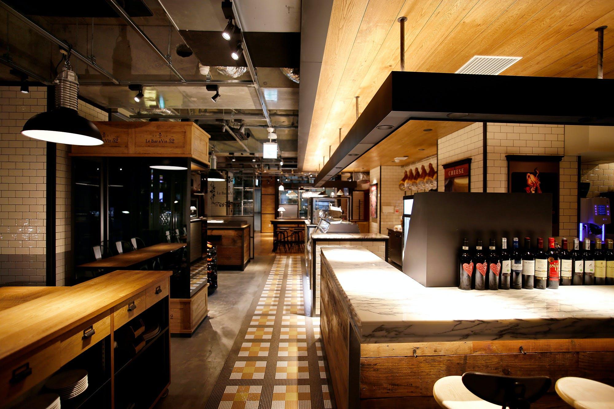 Le Bar a Vin 52 AZABU TOKYO 麻布十番店
