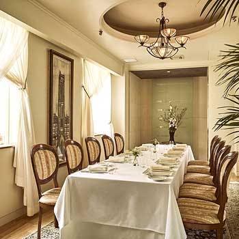 レストランの個室予約